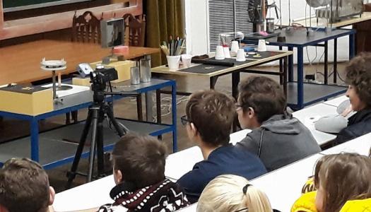 """Obrazek newsa """"Pod napięciem"""""""